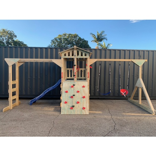 AW007 - CUBBY FORT + MONKEY BAR + SWING STRUCTURE